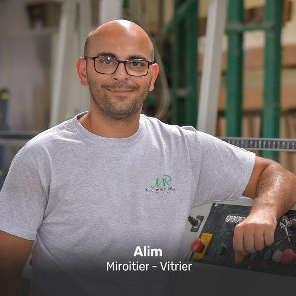 Alim, miroitier vitrier à la Miroiterie du Rhône