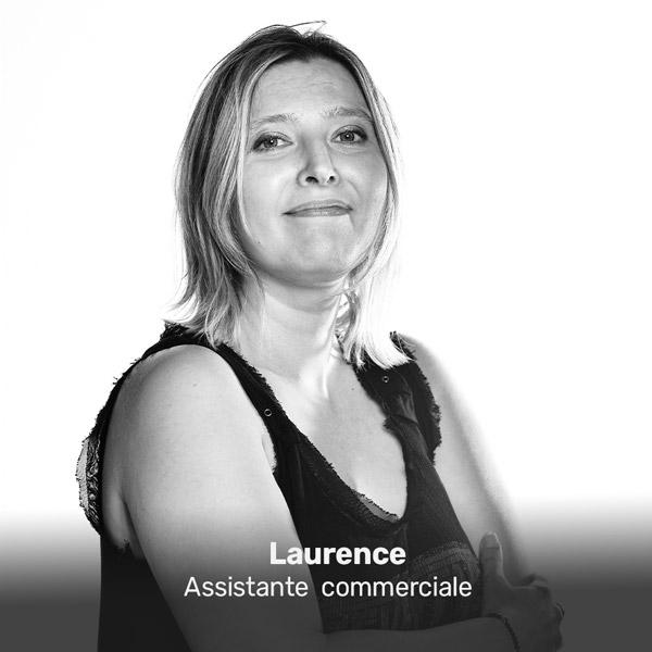Laurence de la Miroiterie du Rhône, assistante commerciale