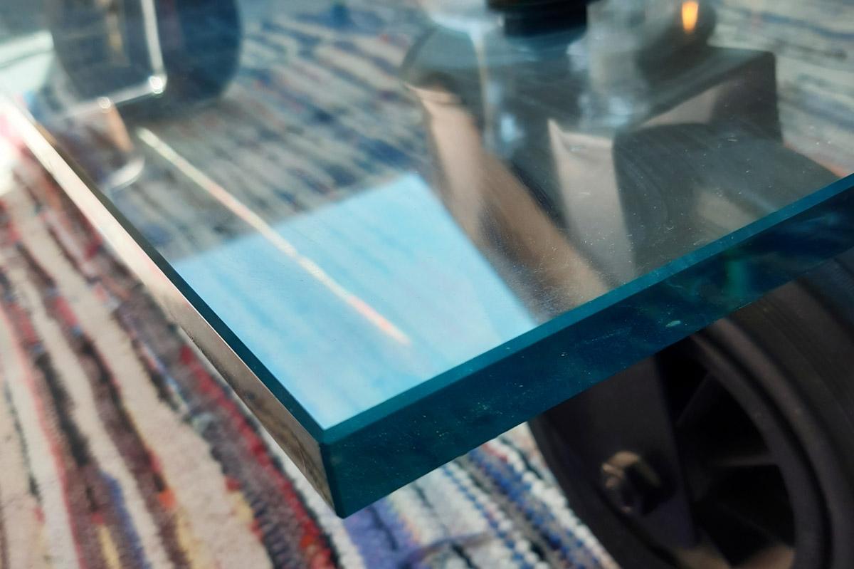 Le verre trempé, un produit à retrouver à la Miroiterie du Rhône