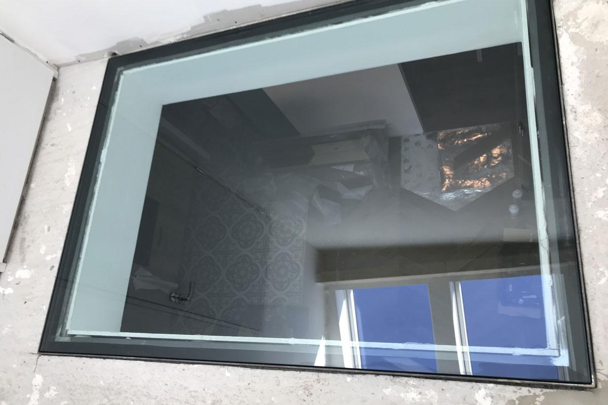 Dalle de sol en verre par la Miroiterie du Rhône
