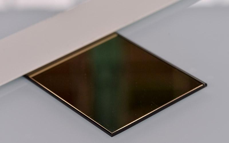 Verre effet miroir bronze, un produit à retrouver à la Miroiterie du Rhône