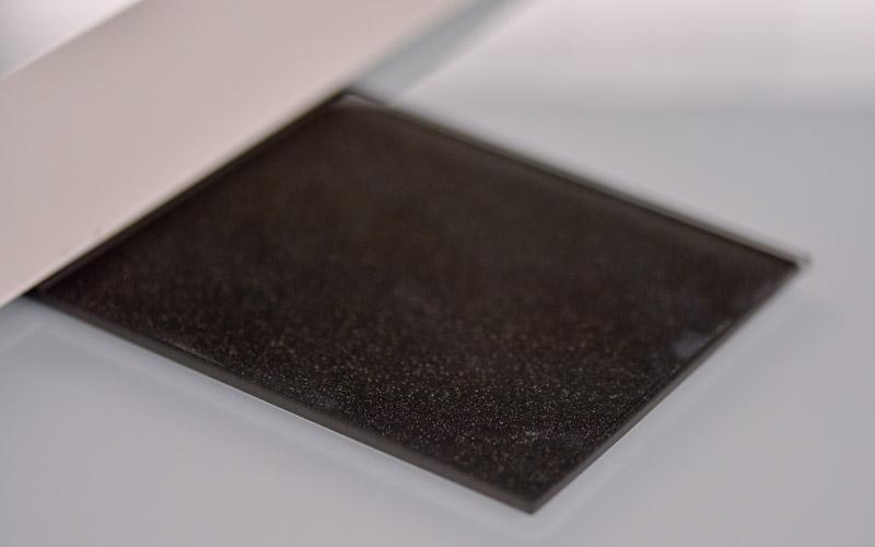 Verre laqué paillete, un produit proposé par la Miroiterie du Rhône
