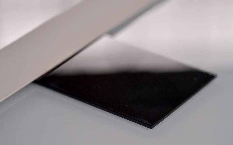 Verre laqué coloré noir, un produit proposé par la Miroiterie du Rhône